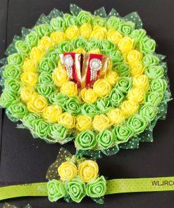 WEBLOT-Beautiful-green-yellow-rose-dress-for-laddoo-gopal-pic2.jpg