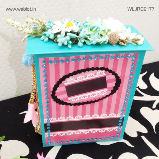 WEBLOT-top-box-card-1.jpg
