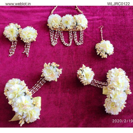 WEBLOT--white-yellow-jwellery-set-j250.jpg