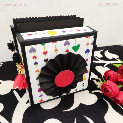 Weblot-Accordion-Card-Box-2